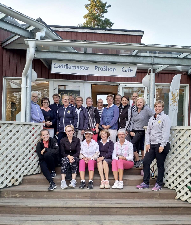 Karlebydamerna på visit 14.8 Kokkolan naiset visiitillä